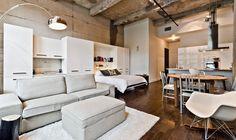 Aménagement intégré avec un lit mural / wall bed