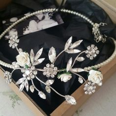 Wilderness Headband now available at Lace & Co. Bridal Boutique #hairaccessories #bridal #weddingaccessories
