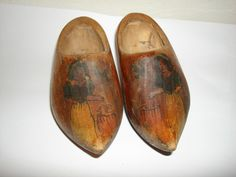 Vintage Children's Wooden Dutch Clog Shoes w/ SNOW WHITE Scene