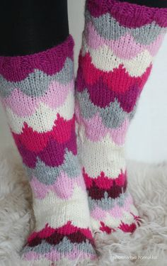 Wool Socks, Knit Crochet, Diy And Crafts, Knitting, Patterns, Fashion, Block Prints, Moda, Woolen Socks