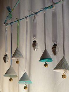 Winterdeko, Weihnachtsdeko, Anhänger, Fensterschmuck, Stoff, nähen,Perlen, Bänder, christmas deco, pendant, window deco, fabric, sewing, bead, ribbon