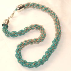 changing seed bead colors kumohimo