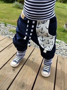 ** We sew in loving handwork, great care and with many elaborate … – Pumphose - Children Clothes Little Girl Fashion, Baby Boy Fashion, Toddler Fashion, Kids Fashion, Outfits With Hats, Swag Outfits, Baby Boy Outfits, Kids Outfits, Diy Vetement