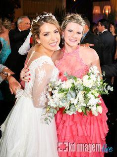 Casamentos Reais - Vem ver que lindo e inspirador foi o sim pra vida toda de Carol e Rubens, com fotos incríveis da KD Imagem e décor da Ideias de Evento: