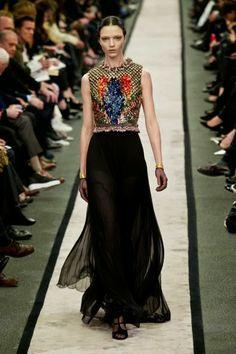 Gigenchy @ Paris Fashion Week winter 2014-15 - video