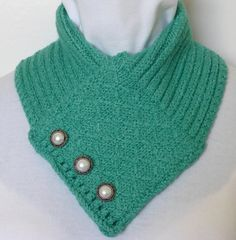 Sea Green Quilted Lattice scarf. by NeedlesnPurls on Etsy