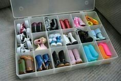 Cute shoe holder fer dolls