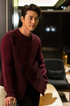 why are you so handsome! makes me wanna eat you! Hyun Bin, Lee Hyun, Korean Star, Korean Men, Asian Men, Asian Actors, Korean Actors, Korean Drama, Drama Korea