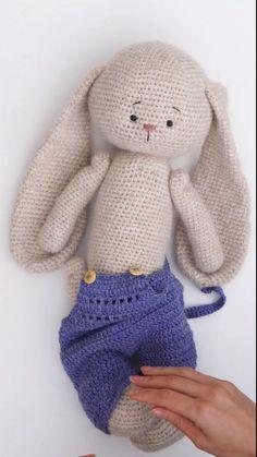Diy Crochet Doll, Crochet Doll Tutorial, Crochet Bunny Pattern, Crochet Baby Toys, Crochet Rabbit, Crochet Teddy, Crochet Animal Patterns, Crochet Patterns Amigurumi, Cute Crochet