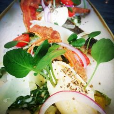 Special sea bass&crispy pancceta Caesar salad cream egg& Cherry tomato Provençal#chefinstagram #chefsofinstagram #cheflife #chefporn #wildchef #truecooksstreetteam #foodporn #foodgasm #instachef #foodlover #ouichef #thugchef #cook #touchmymeatandiwillfuckyouup #truecooks #foodstarz #artofplating #whatwedo #gastroart #food #goodlooksforgoodcooks #instafood #theartofplating #stackpaper #tacoreligion #paiddacosttobetheboss #rustik&sexy #chefstalk #londonchef #comeandsweatwithus by chefmoreyto
