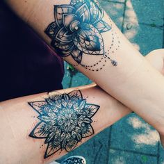 this is a really cute idea for matching tats, especially if they had been somewhere place higher up on the thigh