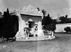 Cirebon, Colonial Architecture, Old Pictures, Mount Rushmore, Mountains, Nature, Java, Travel, Antique Photos