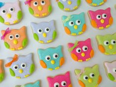 Cute owl cookies--looks like from a tulip cookie cutter
