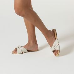 Sand Dollar – Rothy's Ivory Sandals, Most Comfortable Shoes, New Chic, Pointed Toe Flats, Pretty Shoes, Slide Sandals, Vegan Leather, Ballet Flats, Sunnies
