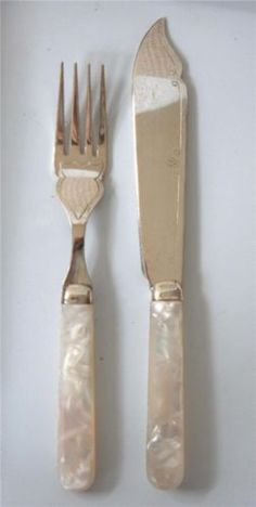 1000 images about pearl handled flatware on pinterest mother of pearls flatware and knives - Pearl handled flatware ...