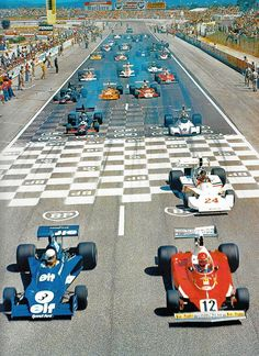 The start of the 1975 French Grand Prix, held at Paul Ricard