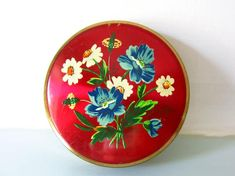 Your place to buy and sell all things handmade Mirror Powder, Summer Flowers, Magpie, 1950s Fashion, Cottage Chic, Teacher Appreciation, Flower Designs, Rockabilly, Compact