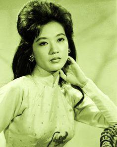 Thanh Nga (1942-1978) Vietnamese Actress of Films and Traditional Folk Opera