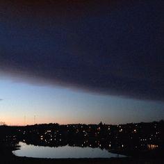 Instagram - Viken ligger spegelblank     http://blogg.attefall.se/foton/