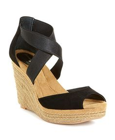 This is the MOST comfortable shoe you will ever wear this Spring! Bought myself a pair!!