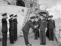 Admiral Burnett greets King George VI on HMS Belfast 1943 British Monarchy History, Navy Ships, King George, Royal Navy, War Machine, Belfast, Elizabeth Ii, World War Two, Wwii