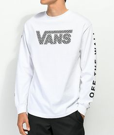 Easily enhance your look with a touch of signature skate styling with Vans' Checkerboard Drop V White Long Sleeve T-Shirt. This cotton constructed long sleeve showcases classic Van's logo script on the chest and left sleeve while the right sleeve displays Thrasher, Vans T Shirt, Shirt Men, Vans Checkerboard, Stylish Tops, Stylish T Shirt, Slim Fit Suits, Long Sleeve Tee Shirts, White Long Sleeve