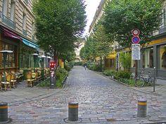 Pedestrian Street - Google'da Ara
