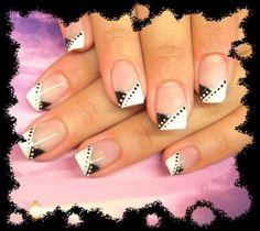 Pose d'ongles en gel avec bi french noire et blanche en V