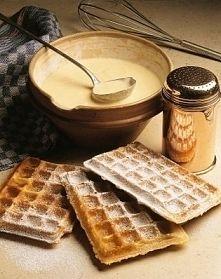 Zobacz zdjęcie Ciasto na gofry  Składniki na ciasto:  - 1,5 szklanki mąki - 2 jajka - 1 szkl...