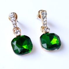 Pair of Chic Faux Emerald Crystal Earrings