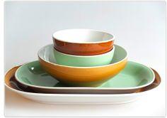 Rössler Geschirr-Set. Diese Farben <3 www.flohmideluxe.ch Tableware, Colors, Dinnerware, Tablewares, Dishes, Place Settings