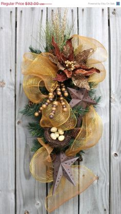ON SALE Rustic Christmas Poinsettia, A Front Door Primitive Swag for Christmas, Free Shipping