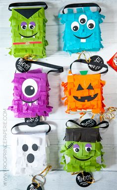 Monster Party, Monster Pinata, Diy Halloween Decorations, Halloween Themes, Halloween Crafts, Pinata Halloween, Halloween Dress, Teen Halloween Party, Holidays Halloween