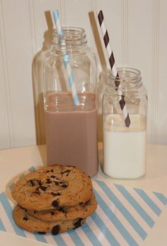 The Sugar Diva website - LOVE their vintage paper straws and other fun party supplies