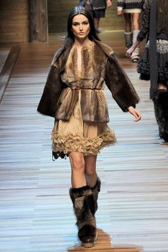 FALL 2010 READY-TO-WEAR D&G