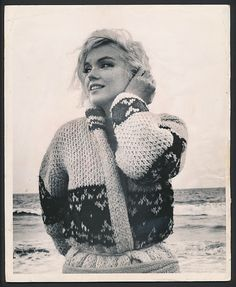 Marilyn Monroe, Santa Monica Beach, 1962.  Photo by George Barris.