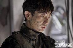 Những gã tài tử showbiz Hàn sở hữu góc mặt sắc lẹm như muốn đòi mạng chị em - Ảnh 25.