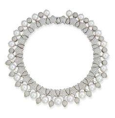 David Morris. Pearl & diamond necklace...♡