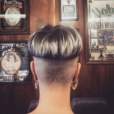 Simple Hairstyles 60 Undercut Hairstyles For Women That Really Stand Out - NiceStyles.Simple Hairstyles 60 Undercut Hairstyles For Women That Really Stand Out - NiceStyles Undercut Hairstyles Women, Short Hair Undercut, Short Bob Hairstyles, Short Hair Cuts, Cool Hairstyles, Medium Hair Styles, Short Hair Styles, Undercut Hair Designs, Buzz Cut Women