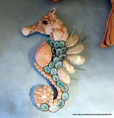 Sea shell sea horse wall art decor_Abalone and limpet shell sea horse_beach decor_seashell art Seashell Art, Seashell Crafts, Sea Crafts, Crafts To Make, Horse Wall Art, Beach Art, Beach Themes, Sea Shells, Wall Art Decor