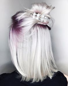 30 maroon hair color ideas for sultry reddish brown styles - Hair Beauty Cool Short Hairstyles, Pretty Hairstyles, Short Hair Styles, Blonde Hairstyles, Hairstyles 2018, Formal Hairstyles, Wedding Hairstyles, Hairstyle Short, Trendy Haircuts