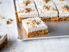 Raw Carrot Bites mit Kokos-Topping - vegan und glutenfrei