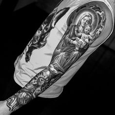 awesome 55 Lovely Virgin Mary Tattoo Ideas - The Classy and Timeless Design Check more at http://stylemann.com/best-virgin-mary-tattoo-designs/