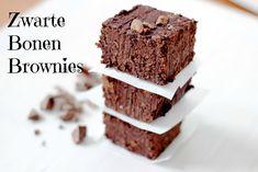 Zwarte Bonen Brownies | De Bakparade Bean Brownies, Healthy Snacks, Healthy Recipes, Blondie Brownies, Vegan Sweets, Sweet Tooth, Sweet Treats, Good Food, Food And Drink