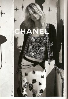 My favourite fashion ad of all time.   Karolina Kurkova shot by Karl Lagerfeld for Chanel Spring '03 campaign. #love #fashionadvertising