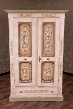 Amazing Pinning for inspiration of spotlight on dark glass door