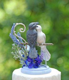 Romantic Dove and Raven Lavender Dream Wedding Cake от TeaOlive