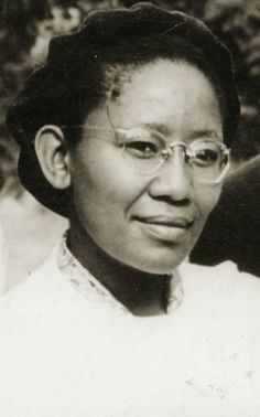 Mme Dorothy Senne who, in 1955, was the first South African woman to become a Baha'i, and as such, acts as a Spiritual Grandmother and foundation to all South African Baha'i's.