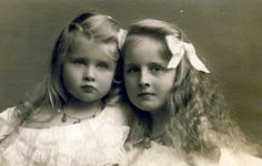 """Pss Elizaveta with pss Marie aka """"Mignon"""" of Romania. These two would become queens, one of Greece and the other of Yugoslavia."""