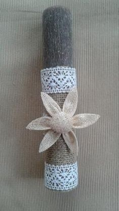 Handmade Easter Candle Greek Easter, Toilet Paper Roll, Handmade Candles, Holiday Time, Easter Crafts, Event Planning, Decoupage, Burlap, Handmade Jewelry